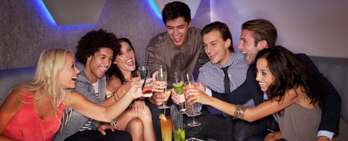 La hora de la copas es muy importante a la hora de encontrarnos comportamientos no esperados y de los cuáles uno se pueda arrepentir.