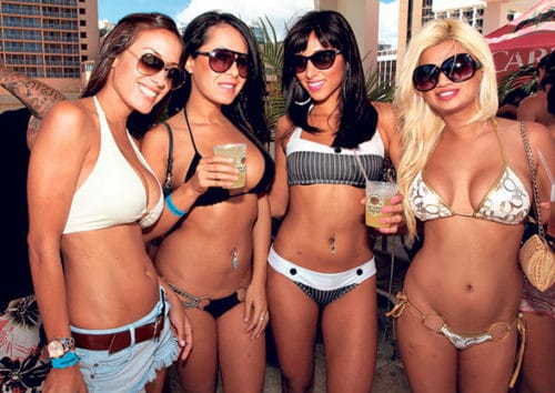 despedidas agosto verano pool party
