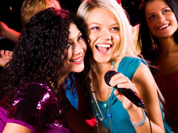 Canciones para karaoke en despedida de soltera
