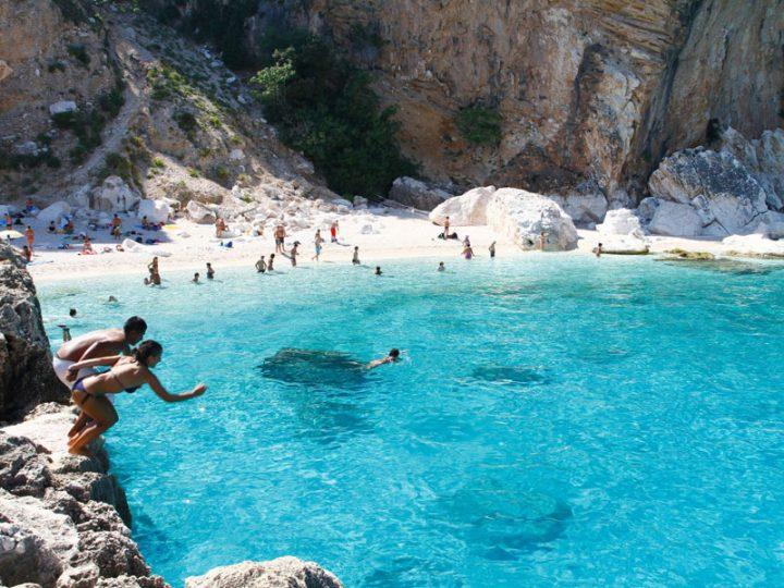 Las mejores playas para ir de despedidas