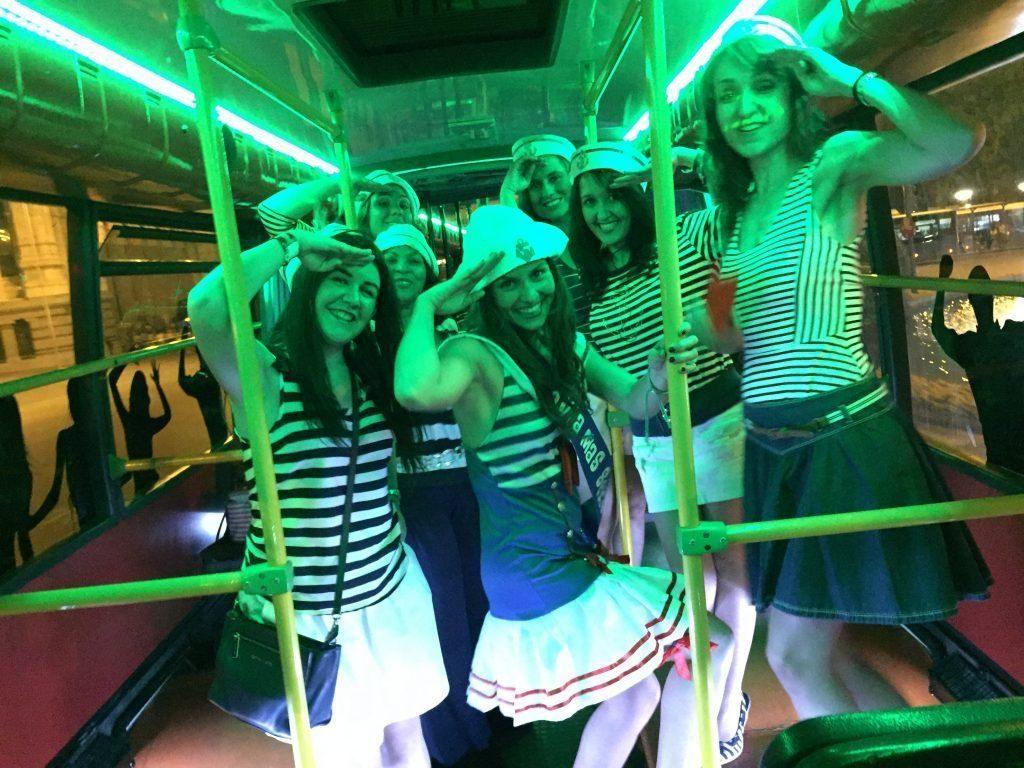 Fiesta en autobús para grupos